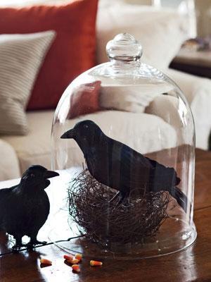 Halloween ravens - making a nest