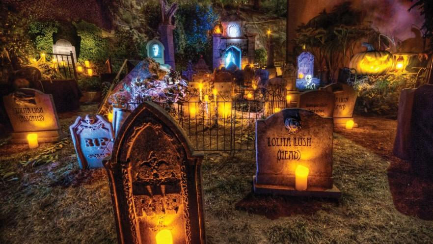 Spooky Ideas Decorations And Inflatables For Outdoor Use