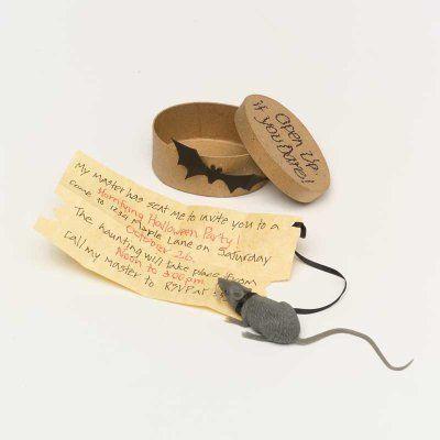 Handwritten Halloween invitation - placed in small round box