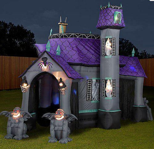 Inflatable Halloween castle - with violet roof