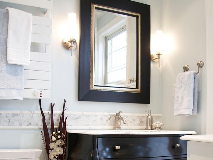 Luxurious bathroom mirror - with black frame