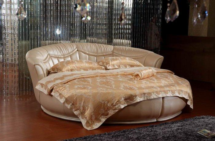 Luxury round bed - in creme pale color