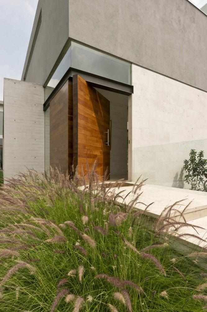 Front doors wood glass modern and double entry doors for Contemporary house doors