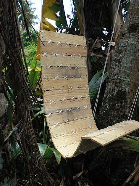 Pallet garden relax chair - made of wood and hanged on the tree