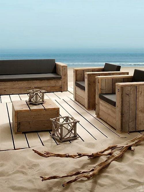 Pallet patio furniture - armchairs, sofa and small table