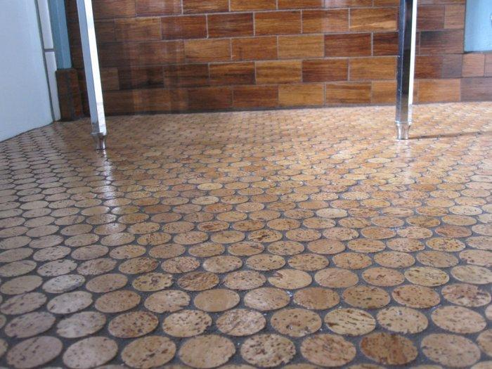 Round cork tiles - for creative floor solutions