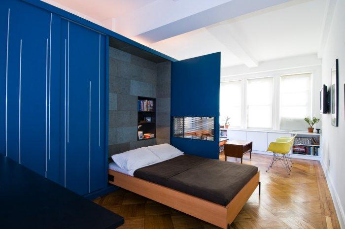 Small apartment wall-bed - inside a tiny space
