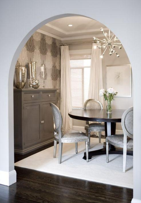 Small house dining room - with modern pendant and round table