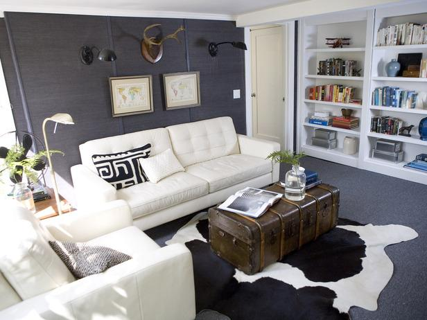 Small living room - in a white apartment
