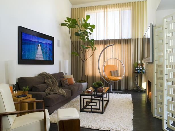 Small modern living room - with contemporary furniture