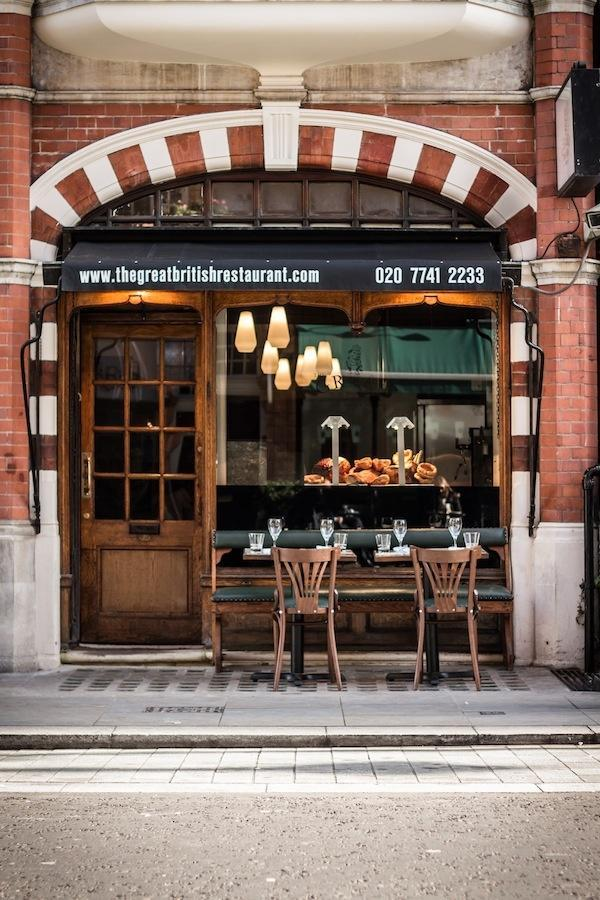 Small urban restaurant - with beautiful facade