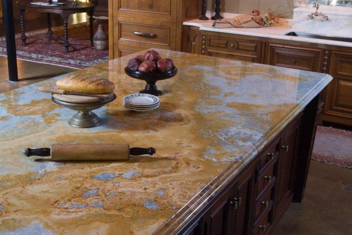 Traditional granite countertop - on a traditional kitchen island