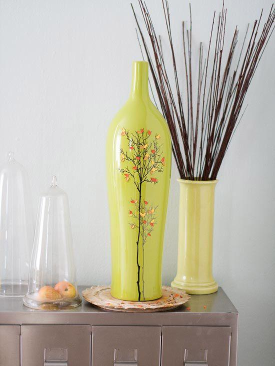 Yellow vases - with traditional art
