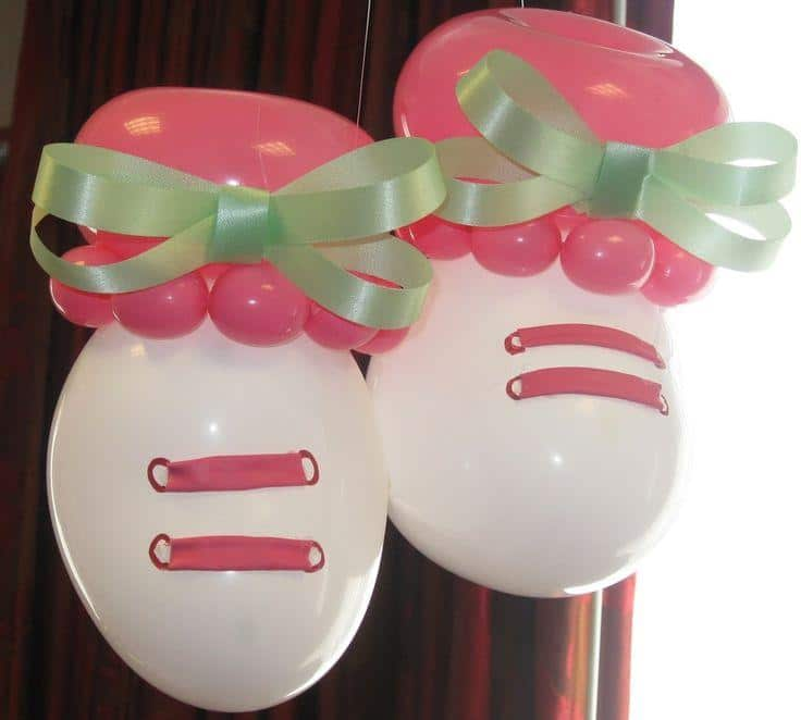 Baby shoes made of balloons - for shower party