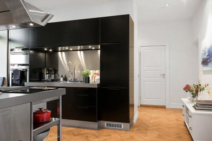 Black Scandinavian kitchen - and white walls