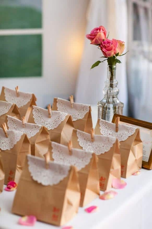 cheap paper bags for a bridal shower