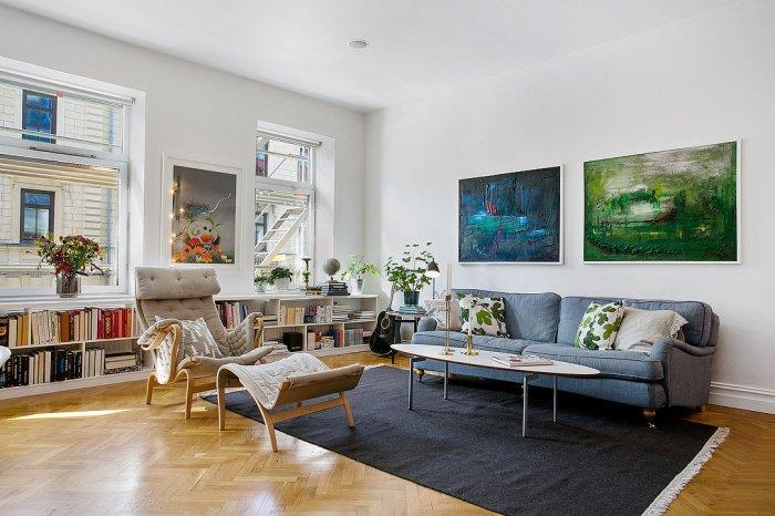 Elegant Scandinavian living room - with small functional sofa