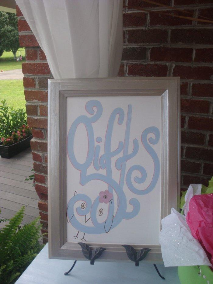 Baby shower gifts sign - noting the place for gifts