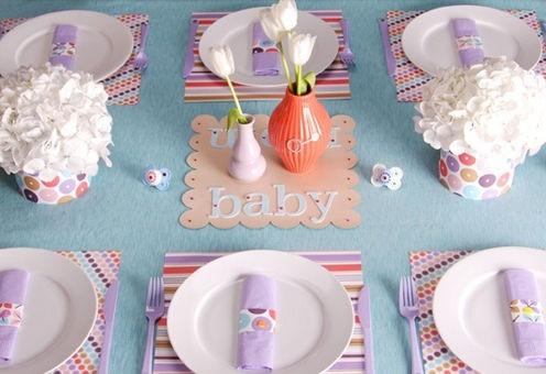 Baby shower plates - with white tulips