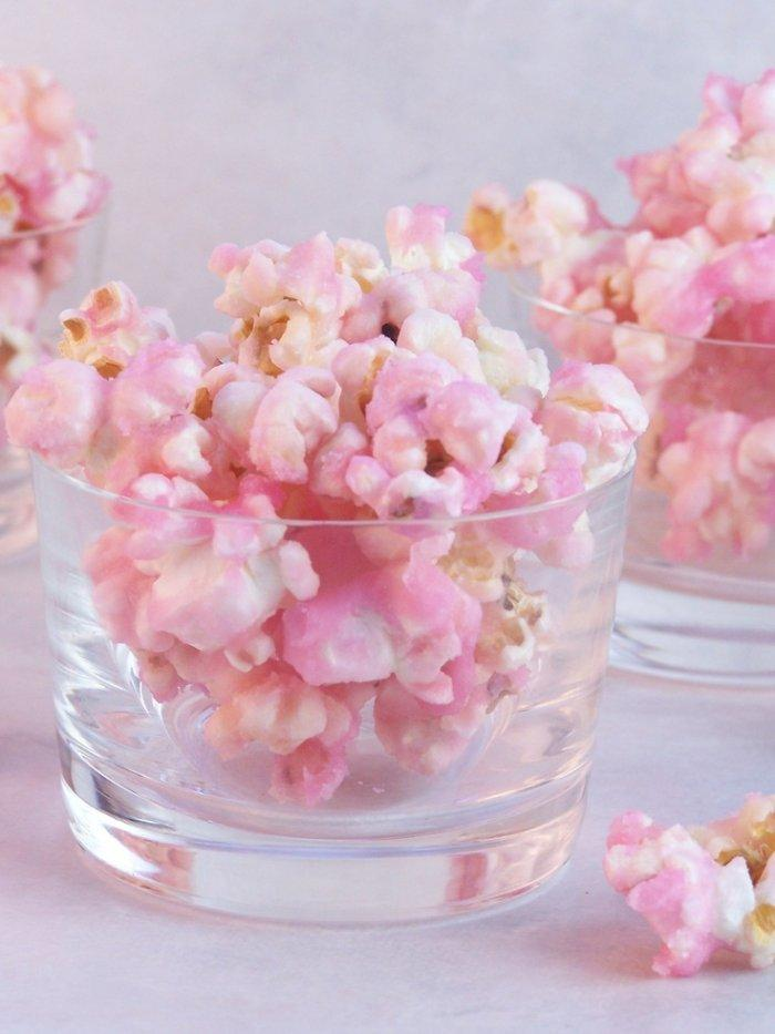 Baby shower popcorns - than can be used as decor