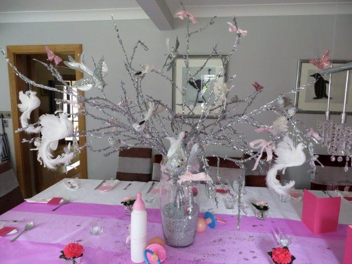 Baby Shower Table Centerpiece Made Of Silver Branches Founterior