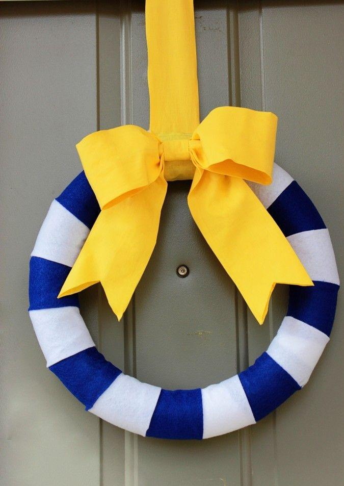 Baby shower wreath 14 - with yellow ribbon