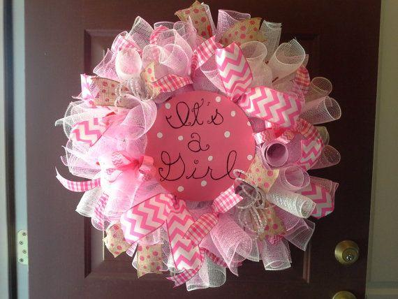 Baby shower wreath 3 - it's a girl