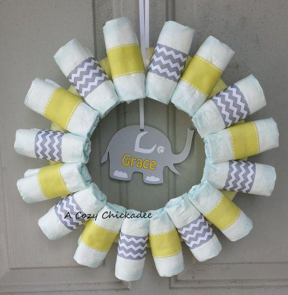 Baby shower wreath 4 - made of diapers