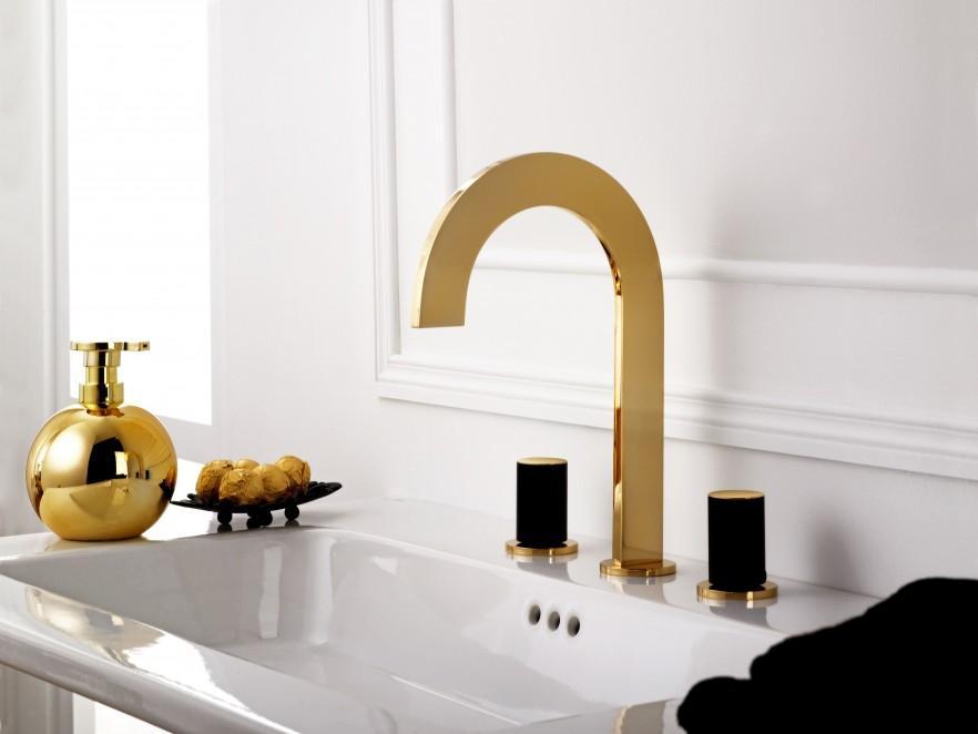 Bathroom faucet and vanity design for unique interior