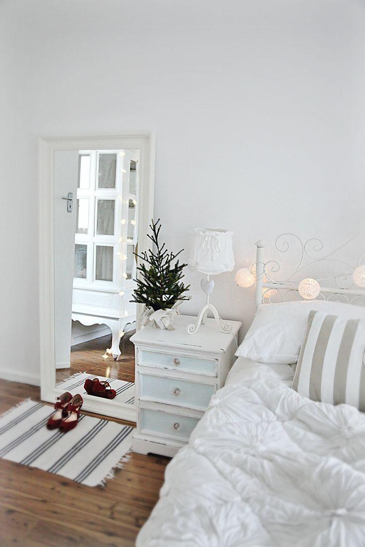 Bedroom Christmas Lights 5 - light bulbs