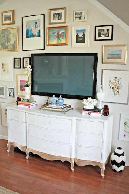 Bedroom chest for TV 2 - traditional white