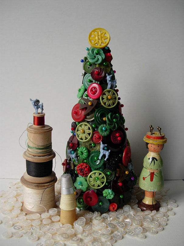 Buttons Christmas tree - made of piled buttons