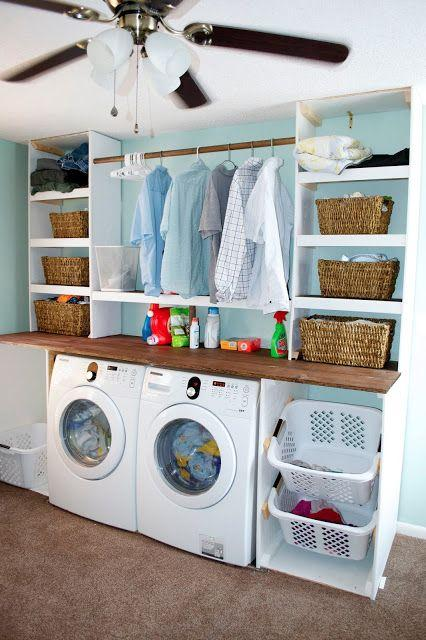 Casual laundry room - with knitted baskets