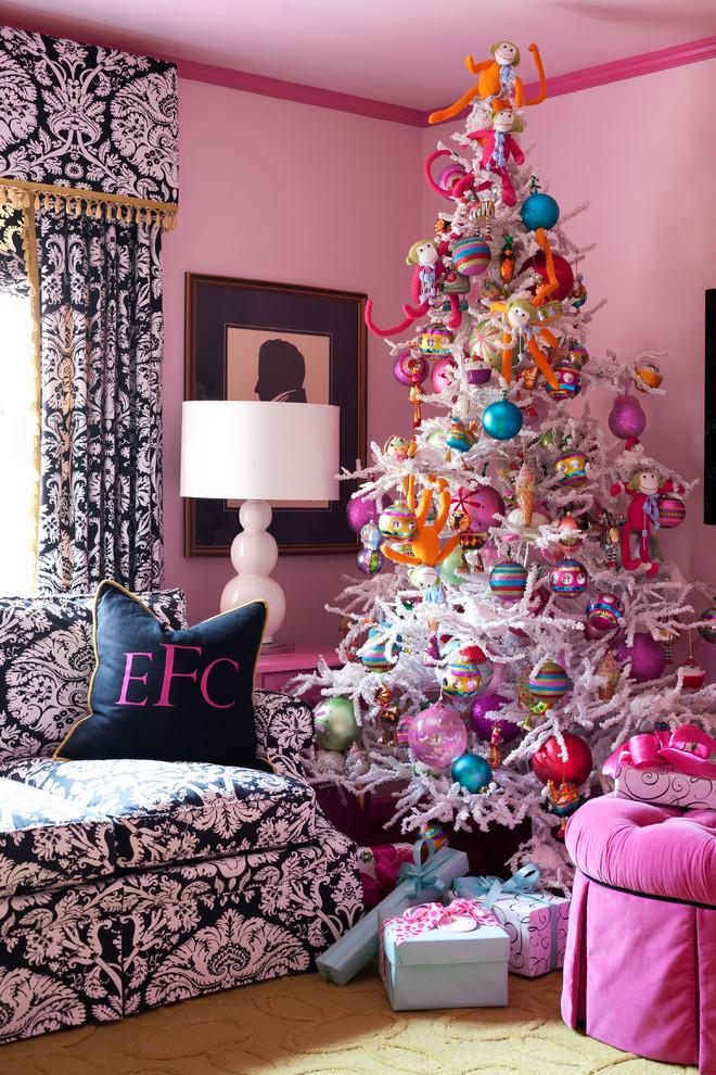 Chic Christmas tree - with purple balls