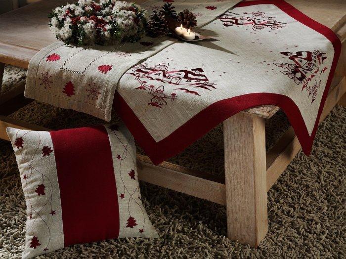 Christmas decoration idea 23 - snow themed fabrics