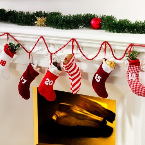Christmas decoration idea - garland made of socks