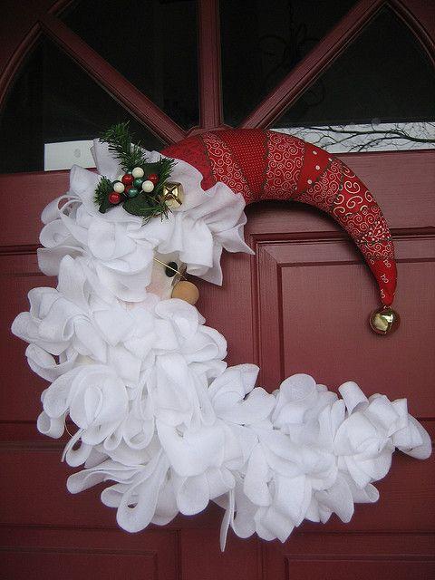 Christmas door wreath 1 - with red wizard hat