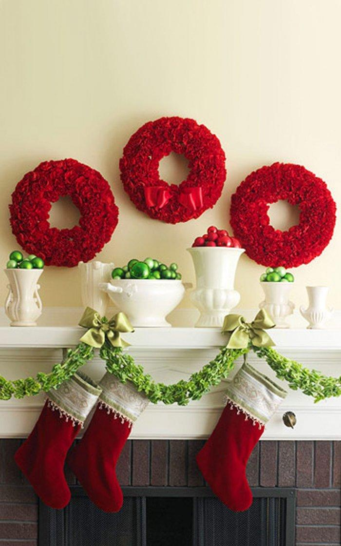 Christmas fireplace 14 - with green garland and red wreaths