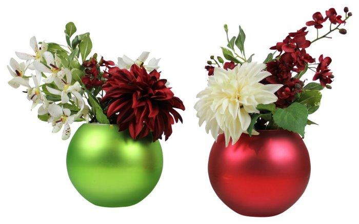 Christmas flower pots - green and red