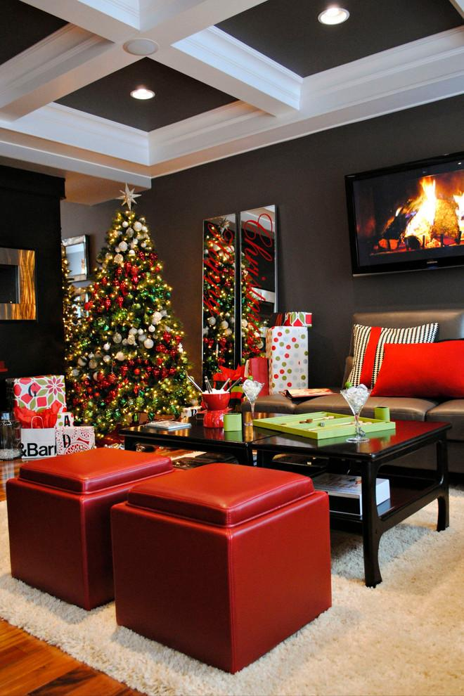 Christmas tree in living room - with red balls