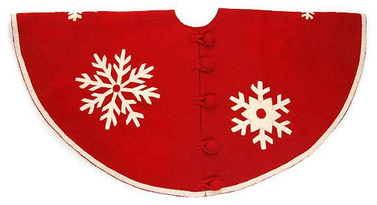 Christmas tree skirt - in red