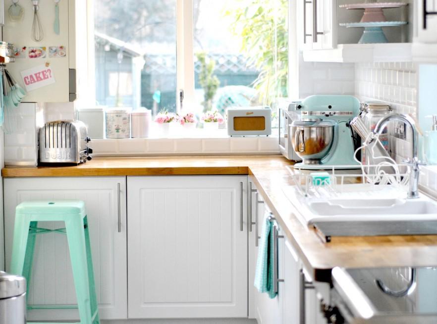 Tiffany blue kitchen
