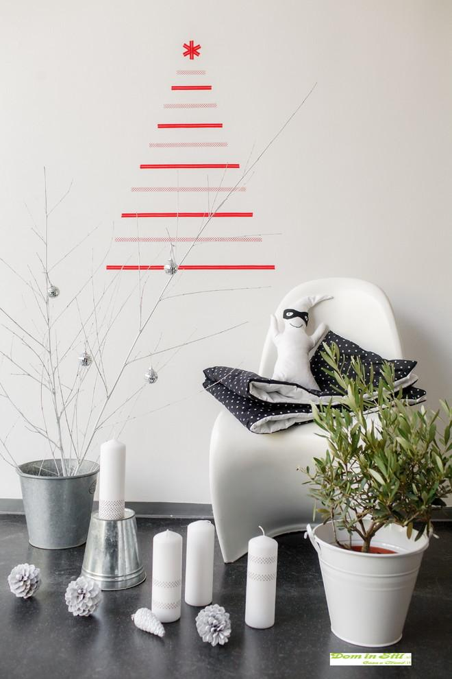 Contemporary Christmas tree - made with wall decals
