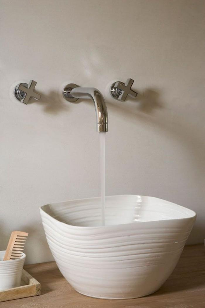 Contemporary bathroom bowl - with stylish faucet above