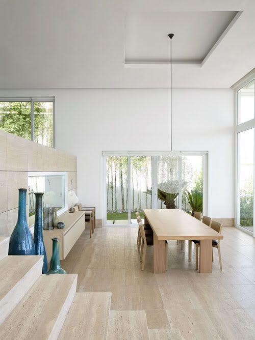 Contemporary floor vase ideas and examples founterior for Modern beach interiors