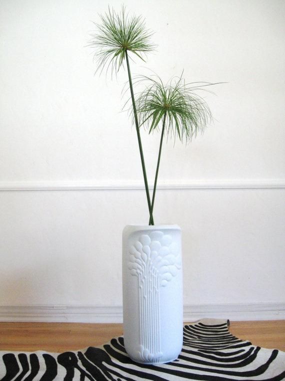 Contemporary floor vase 9 - made of traditional ceramics