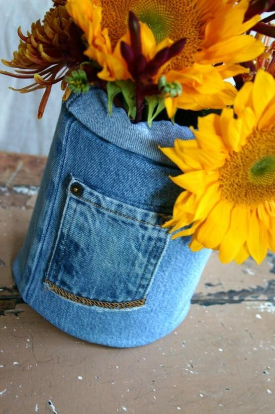 Creative vase 8 - made of old jeans