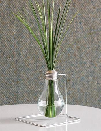 Creative vase 9 - made of light bulb