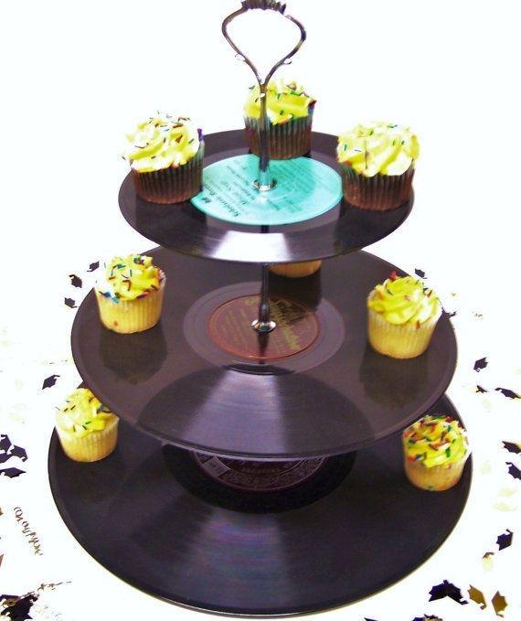 DIY Room Decor 15 - vinyl cup cake storage