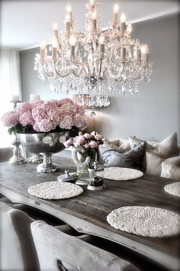 Dining room table 16 - with decorative flower bowl